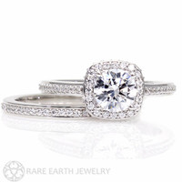 18K Moissanite Wedding Set Engagement Ring Wedding Band Cathedral Diamond Halo Conflict Free Diamond Alternative Custom Bridal Jewelry