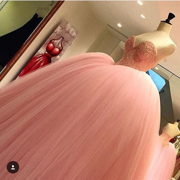 Pink Puffy Ball Gown Pink Prom Dresses Long Sweetheart Princess Beaded Lace Tulle Teens Prom Gowns 2016 Puffy vestido de fest