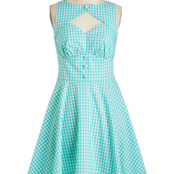 ModCloth Vintage Inspired Mid-length Sleeveless