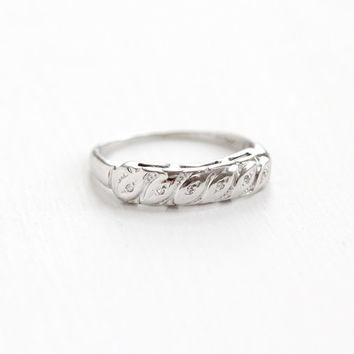 Vintage 14k White Gold Diamond Wedding Band Ring- Size 7 Mid-Century 1940s 1950s Wedding Fine Bridal Jewelry