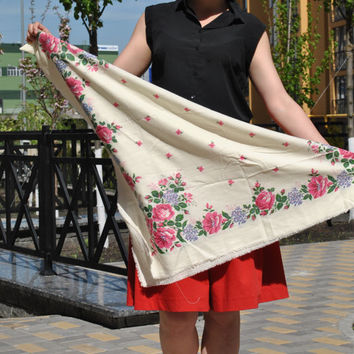Ukrainian Russian shawl Vintage Floral russian Folk Scarf 60s Siberian Cotton Shawl  White Pink Roses Retro Neckwear Pastoral Neck Scarf