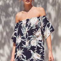 Urban Renewal Remade Tropical Print Off-The-Shoulder Dress | Urban Outfitters