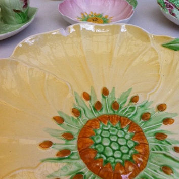 Beautiful Carlton Ware, Buttercup platter!! Whimsical, cute, English, vintage 1930's, china, yellow, butter cup, cake plate!