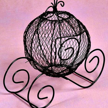 Wire form CINDERELLA COACH / Centerpiece / Party Favor