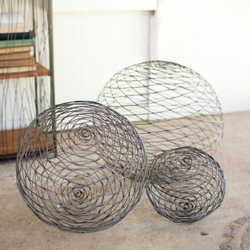 Set Of Three Wild Wire Spheres