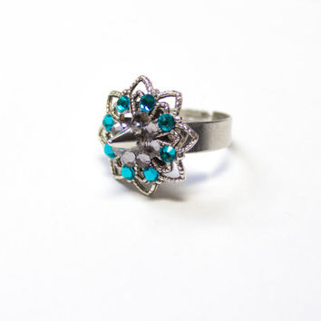 Thorn spiked rhinestone Ring