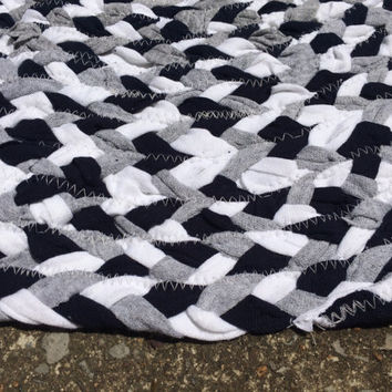 Rag Rug- Oval Braided Gray White Navy Upcycled Tshirt