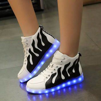 Round-toe Stripes Lightning LED Noctilucent High-top Flat Shoes [6734575495]