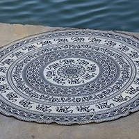 Indian Mandala Roundie Beach Throw Tapestry,tablecloth Beach Towel, Meditation Yoga Mat with Wooden Beeded Lace Edge & Beautiful Carry