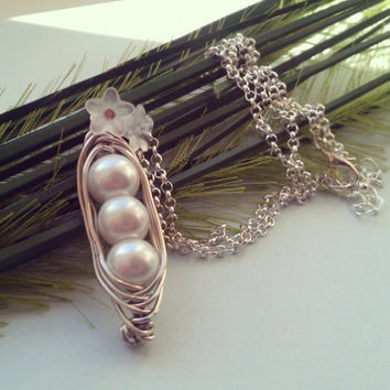 Peas in a Pod Necklace - Silver Plated, Wire Wrapped Imitation Pearls