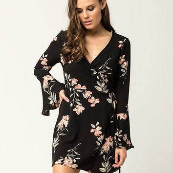 POLLY & ESTHER Floral Wrap Dress | Short Dresses