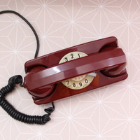 Vintage Italian Red Princess phone, Retro Rotary phone