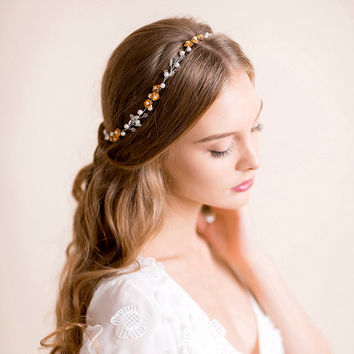 Pearl Hair Vine with Roses in Gold - Bridal Hair Vine - Bridal Headpiece - Bridal Headband - Bridal Pearl Hair Wrap