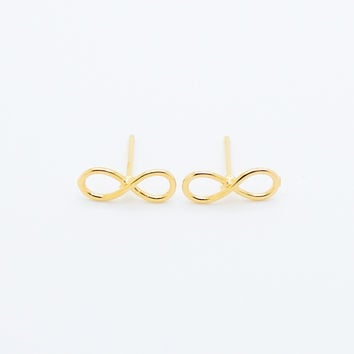 Infinity wire earrings