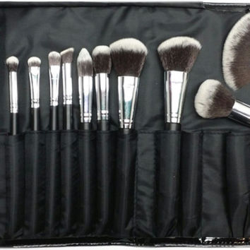 SET 686 - 18 PIECE VEGAN BRUSH SET