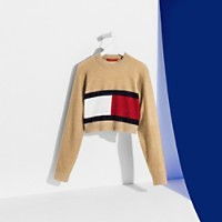CROPPED TOMMY FLAG SWEATER | Tommy Hilfiger