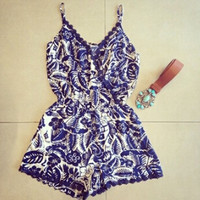 Fashion Printing V-neck Sleeveless Mini Dresses = 1876514436