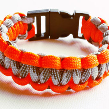 Paracord Bracelet- Para-Band- Paracord Survival Bracelet- Camping Gear- 550 paracord- Military Bracelet- Orange and Gray- Gifts for Him/Her