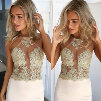 Fashion Halter Sleeveless Perspective Embroidery Hollow Lace Crop Tops