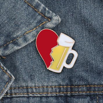 Trendy Men Broken Heart Beer mug Metal Brooch Fashion Casual Denim Jackets Lapel Pin Brooches For Women Male Button Enamel Pins Jewelry AT_94_13
