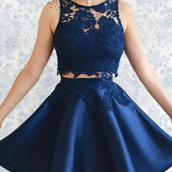 Blue Two Piece Pleats Short Homecoming Dresses with Applique