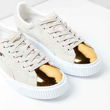 Puma Suede Platform Gold Toe Sneaker - Urban Outfitters