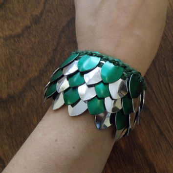 Green and Silver Mirror Finish Dragon Scale Wristband