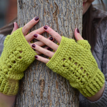 Fingerless gloves, women crochet gloves, mustard mittens, texting gloves, wrist warmers, wool fingerless mittens
