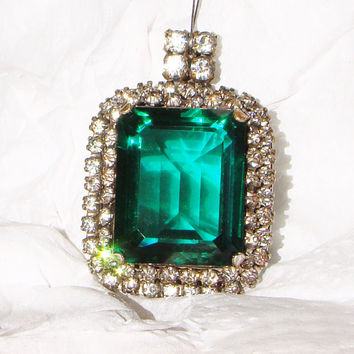 Vintage Emerald Green Glass Rhinestone Pendant (Supply Item)