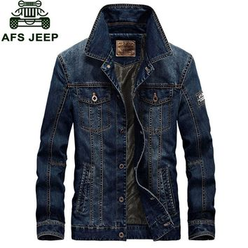 2017 New Arrival Brand Clothing Men Jacket M~4XL Overcoat Slim Fit Casual Denim Jacket Coats CLOTHES Long Sleeve American Style