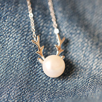 925 sterling silver pearl Elk angle necklace Women's silver pearl elk angle necklace for gift