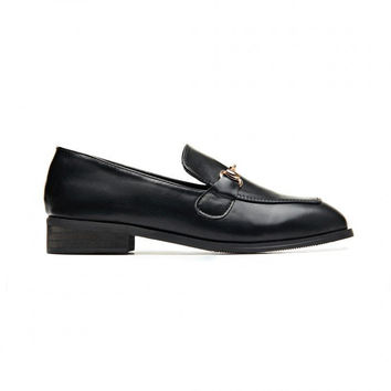 Black Vintage Leather Look Metal Clasp Slip-on Loafers