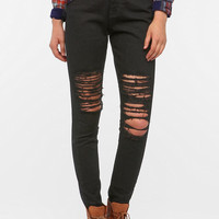 BDG Cigarette High-Rise Jean - Destructed