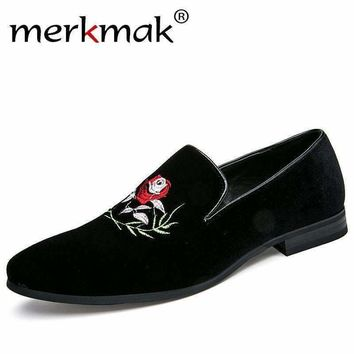 Merkmak Italy Fashion Design Men Loafers Rose Flower Embroidery Men Leather Shoes Mens Casual Flat Loafer Party Wedding Shoes