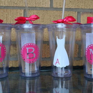 7 - Bridal Party Gifts Wedding Cups - Set of 7 - Monogrammed Initial Tumblers  - Bridesmaids Gifts - Custom Letter/Colors -