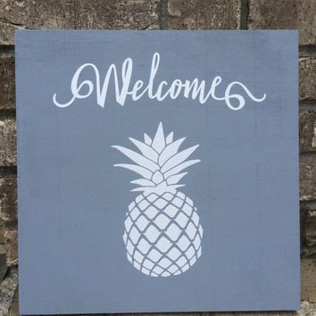 Pineapple Welcome Distressed Wood Sign, Pineapple Wall Decor, Pineapple Wall Art, Welcome Sign,  Wood Wall Art, Housewarming Gifts