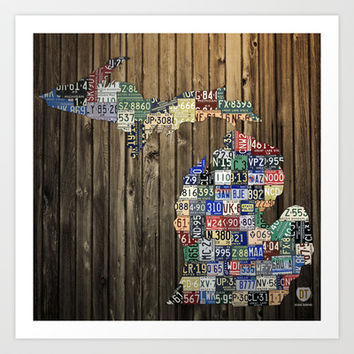 Michigan Counties Vintage License Plate Art Map on Wood Art Print by Design Turnpike