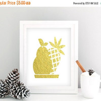 Gold Pineapple Print, Gold Pineapple Printable, Gold Pineapple Art, White and Gold Wall Art, Fruit Print, Kitchen Art, INSTANT DOWNLOAD