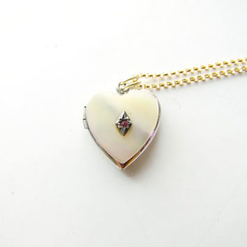 Vintage Locket / White Gold Filled With Mother of Pearl and Pink Stone c.1940s