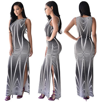 White and Black Wavy Maxi Dress with Sides Split 22165