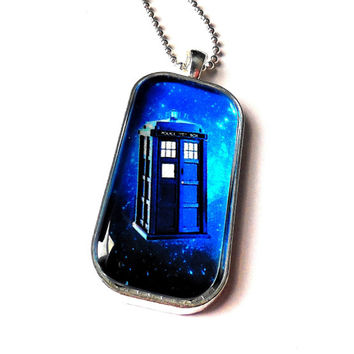 The Tardis , Dr Who Inspired Art Print Domino Necklace / Dr Who's The Tardis Inspired Digital Art Print Necklace