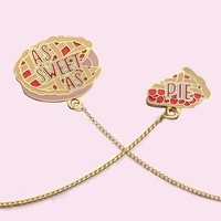 'As Sweet As Pie' Pin w/ Collar Chain