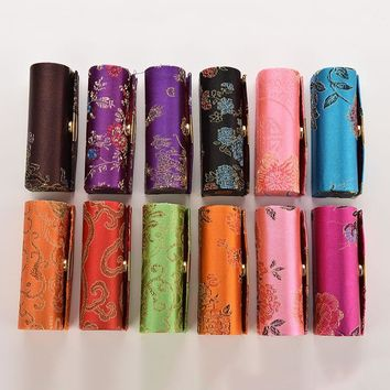 1 Pc Lipstick Case Box with Mirror Hasp Cosmetic Bags Coin Lipstick Holder Embroidered Flower Design Random Color