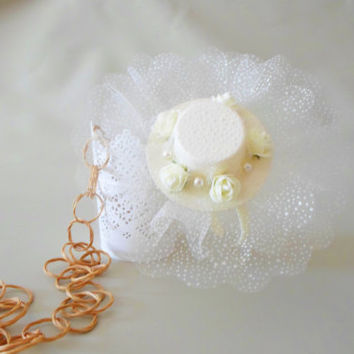 Flower girl Headband. Tulle and pearls.  Fascinator. Mini hat headband. Bridal hair accessories. Ivory