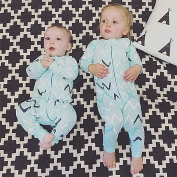 SR116 Christmas Gift Baby Rompers  Long Sleeve Pajamas Newborn cotton Baby Jumpsuit Newborn Baby Clothing 2018 toddler overall