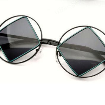 Vtg Avant Garde Diamond Shappe Cut out Round Lennon Sunglasses Frames