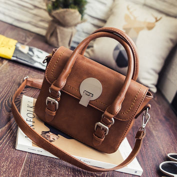 Vintage Leather Buckle Shoulder Bag Casual Crossbody Bag