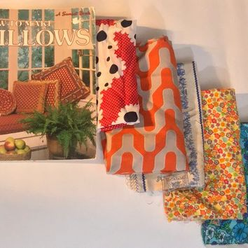 Vintage 1980s DIY PILLOWS Collectible Book / How To Make Pillows / 5 Colorful Retro Fabric Fat Quarters / Destock Sewing Art Craft Supplies