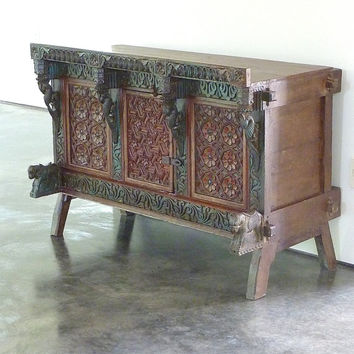Indian Chest // 1920's // Jain Damachiya