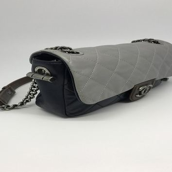 Auth Chanel Quilted Lambskin Leather Shoulder Bag Grey/Dark Blue